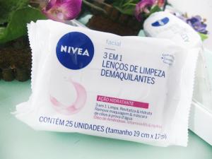 lenco-demaquilante-nivea-3-em-1-acao-hidratante